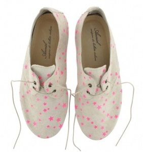 zapatos estrellas fucsias