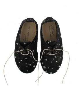zapatos negros estrellas