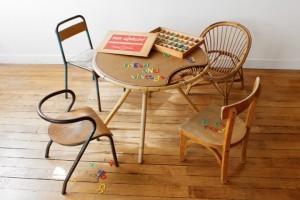 mesa y sillas niños.jpg