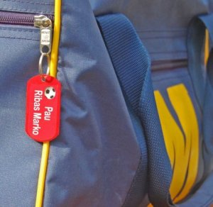 etiquetas mochilas stikets