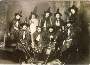 más brujas