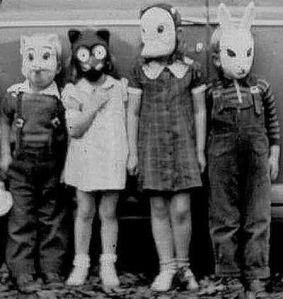 niños y máscaras antiguo