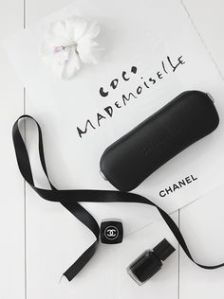 funda de gafas chanel