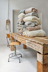 tricot en la mesa