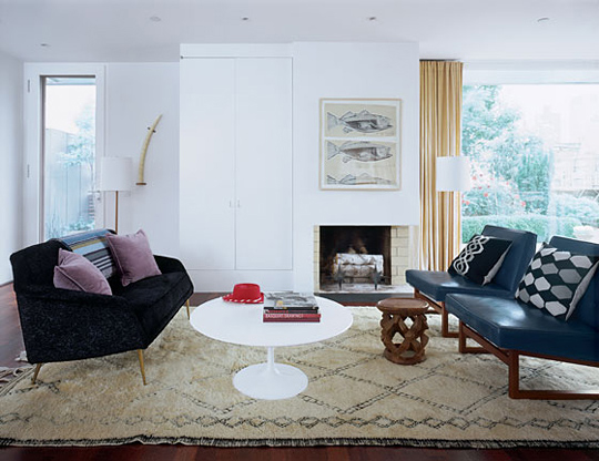 Beni-Ourain-Rug-White-Living-Room