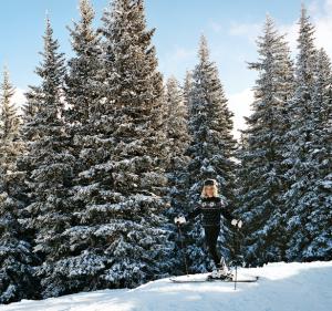 AerinLauder esquiando2